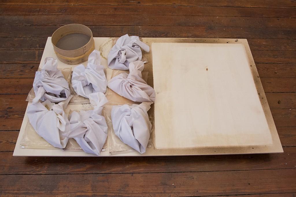 Marie Ilse Bourlanges Looking for the Ursa Major – dust prints